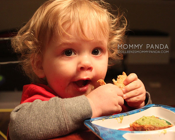 toddler-boy-eating1