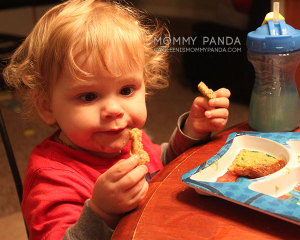 toddler-boy-eating2