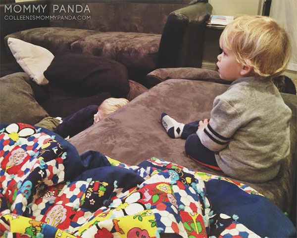 mommy-panda-blog-currently-boys-watch-tv