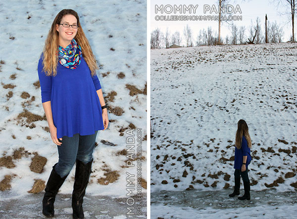 mommy fashion blogger wearing blue tunic